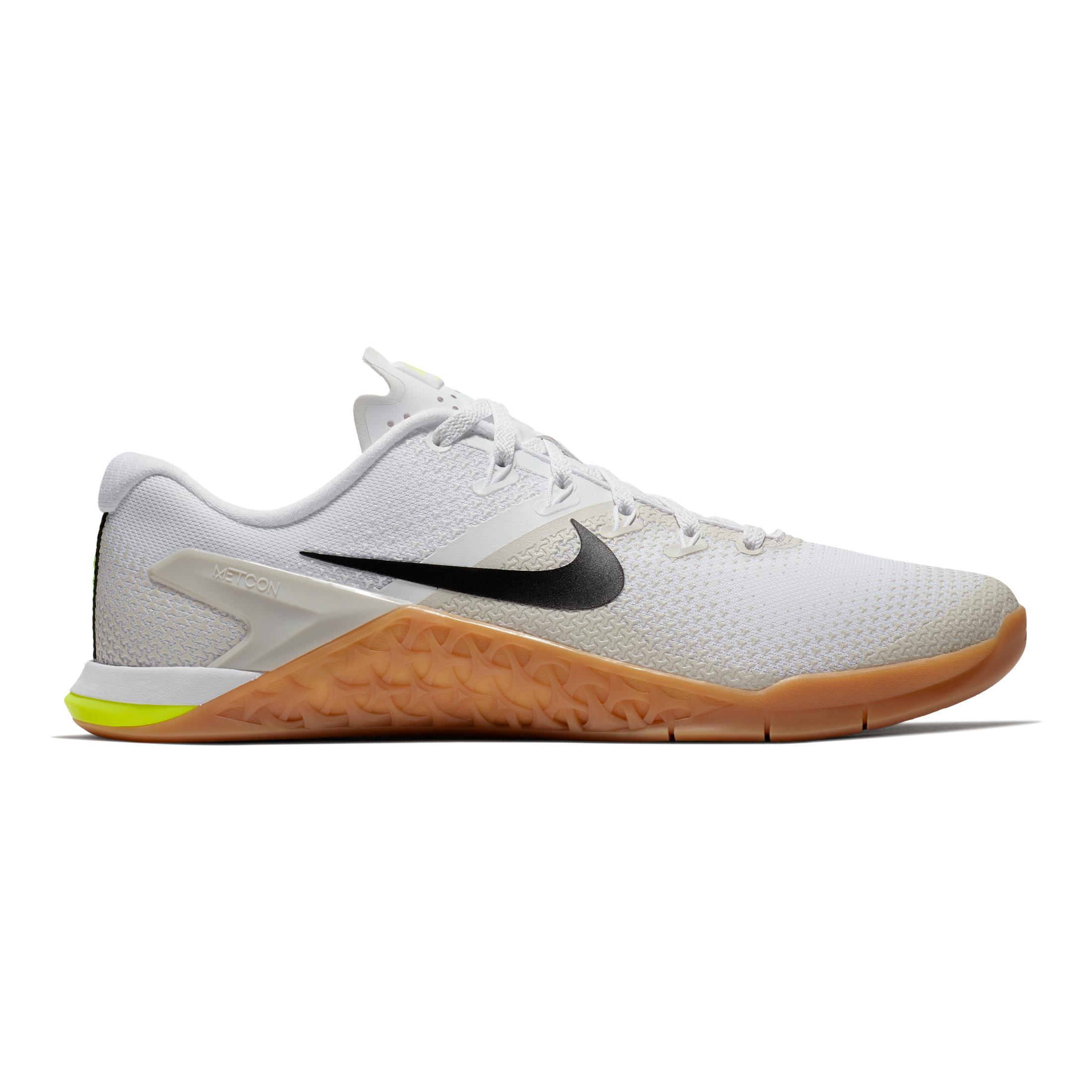 4 84 00 Nike Noir Et Mcon Blanc Dès f8qd86w